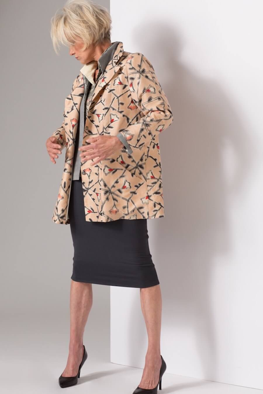 2 Hitoes with Peach Vines Trench — Vintage Kimono Silk | Ann Williamson