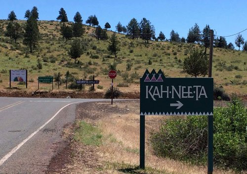photo of sign: Kahneeta Hot Springs Resort, Warm Springs Indian Reservation